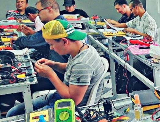 formacion de tecnico en electronica y microelectronica